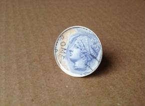 Αγορά: Δαχτυλίδια με συλλεκτικά ιταλικά γραμματόσημα/ Purchace: Rings with collector italianstamps