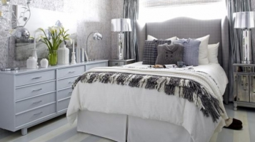 original_brian_patrick_flynn_winter_bedroom_wide_angled_from_entry_s4x3_lg_01366600