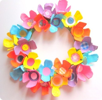 egg-carton-wreath-craft-for-kids