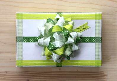 giftwrap_2011_03
