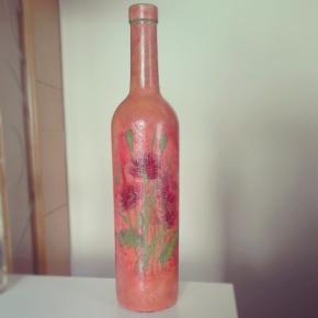 DIY – Μην πετάτε τα άδεια μπουκάλια. Διακοσμήστετα!