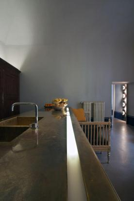 oxidised metal long-kitchen-countertop