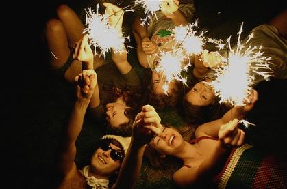 bliss-firework-friends-galera-happy-night-Favim.com-105000