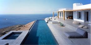 Κλασσική VS μοντέρνα Σύρος/ Architecture in Syrosisland