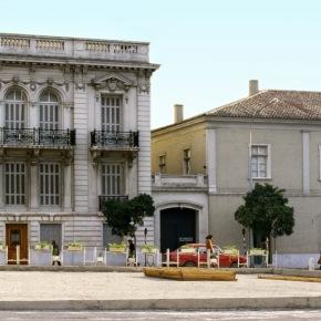 Περιήγηση στο «Μουσείο της πόλης των Αθηνών» και η ιστορία των επίπλων του/ Athens city Museum and late furniturehistory