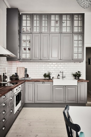 grey-cabinets-kitchen-wood-floor