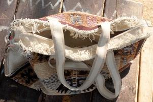 Ethnic bag - details